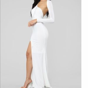 Gorgeous cut out white gown new with tags